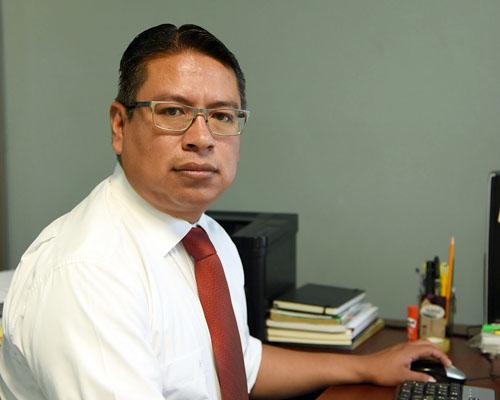 Toma de protesta de Adán Córdova como presidente del  Comité de Participación Ciudadana del sistema estatal de combate a la corrupción