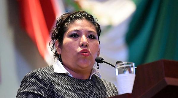 Pide Magaly López incrementar castigo por violencia familiar en Oaxaca
