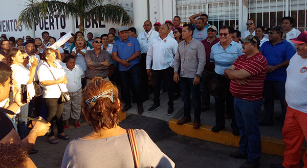 Piden diálogo trabajadores del ayuntamiento